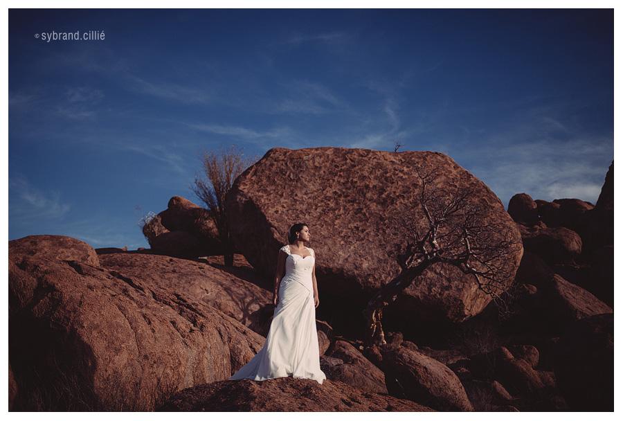 Spectacular Namibian desert wedding with the Soweto Gospel Chior. Mowani Mountain Camp