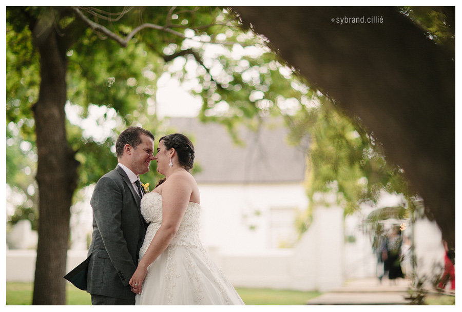 Stunning wedding at Allee Bleue, Paarl