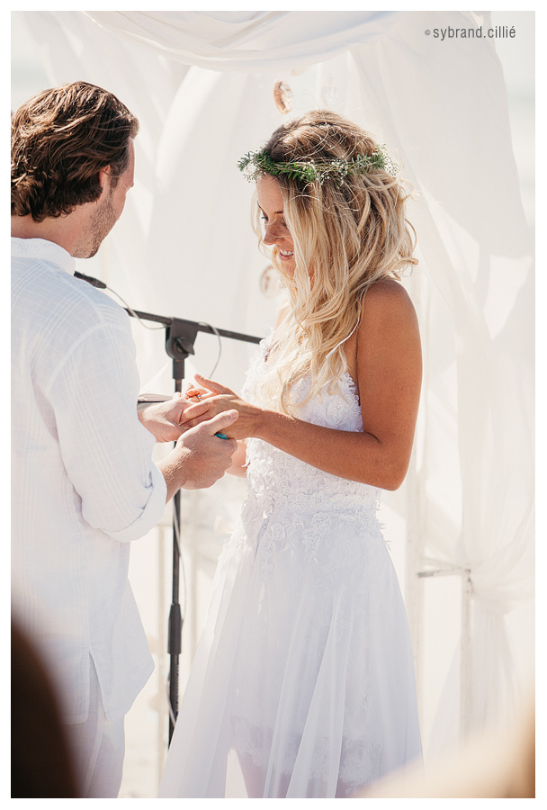 Beautiful Strandkombuis beach wedding, Yzerfontein, South Africa