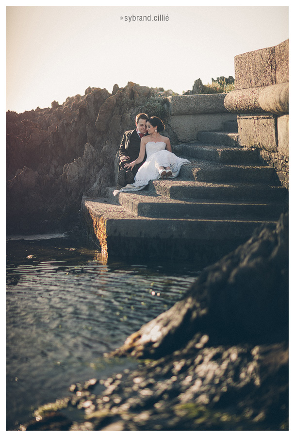 Beautiful Cape Town Beach wedding with Table Mountain as backdrop