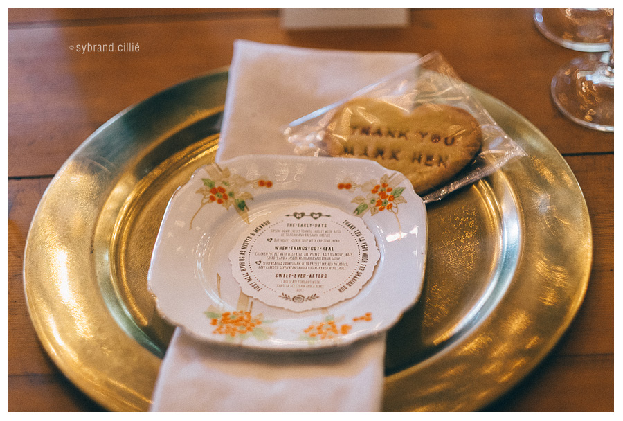 Stunning wedding at Lankloof Roses in Wellington by photographer Sybrand Cillié