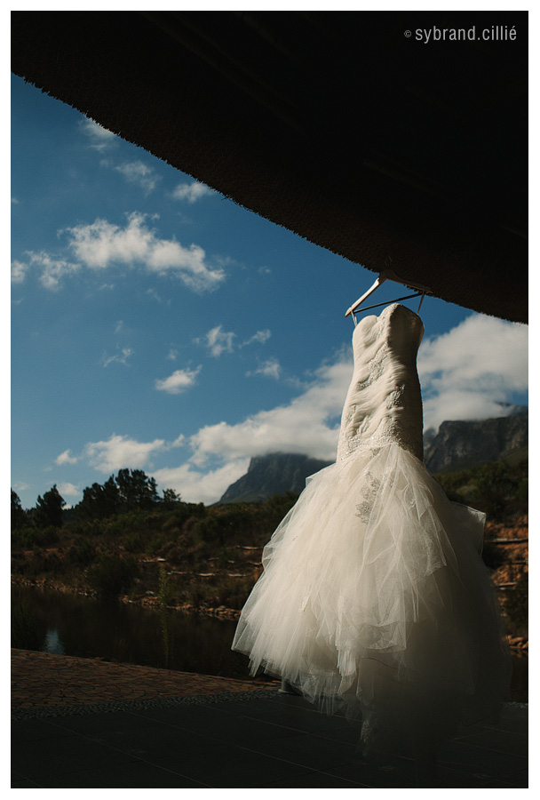 Beautiful wedding at Waterkloof Wine Estate Restaurant, Sir Lowry